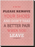 Remove your Shoes Impressão em tela esticada por Maria Hernandez