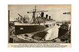 Queen Mary Ocean Liner, Ready for Journey Down the Clyde Giclee Print