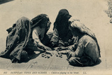 Children Playing in the Street, Egypt Reproduction photographique