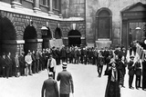 The Bank of England at the Beginning of World War I Photographic Print