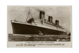 The Queen Mary Giclee Print