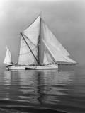 Thames Barge 'Sara' Photographic Print