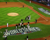 The San Francisco Giants celebrate winning Game 7 of the 2014 World Series Photo