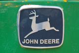 Vintage John Deere Tractor Metal Emblem Photo Poster - Reprodüksiyon