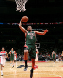 Milwaukee Bucks v Washington Wizards Photographie par Ned Dishman