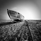 Ship Wreck II Fotodruck von Nina Papiorek