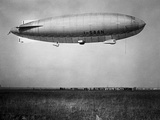 Amundsen (Blimp) Photographic Print