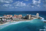 Resort Hotels in Cancun Photographic Print by Danny Lehman