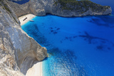 Navagio Beach and Shipwreck at Smugglers Cove on the Coast of Zakynthos Fotografisk tryk af Sakis Papadopoulos