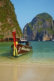Ao Maya Bay, Ko Phi Phi Le Island, Krabi Province, Thailand, Southeast Asia, Asia Photographic Print by Tuul
