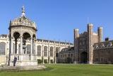 The Great Court, Trinity College, Cambridge, Cambridgeshire, England, United Kingdom, Europe Reproduction photographique par Charlie Harding