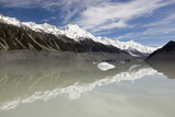 Mount Cook and Southern Alps, Tasman Lake, Mount Cook National Park Photographic Print by Stuart Black