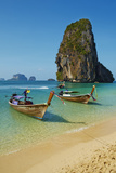 Ao Phra Nang Bay, Railay Beach, Hat Tham Phra Nang Beach, Krabi Province, Thailand Photographic Print by Tuul