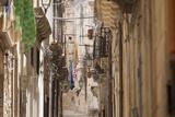 Back Streets, Balconies, Ortigia, Syracuse, Sicily, Italy, Europe Lámina fotográfica por John Miller