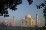 Taj Mahal at Sunrise, UNESCO World Heritage Site, Agra, Uttar Pradesh, India, Asia Reproduction photographique par Peter Barritt