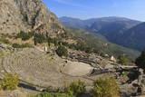 Theatre at Delphi, UNESCO World Heritage Site, Peloponnese, Greece, Europe Fotografisk tryk af Eleanor Scriven