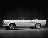Ford Mustang Convertible, 1964 Giclee Print