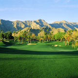 Trees in a Golf Course with a Mountain Range in the Background, Thunderbird Country Club Fotografisk tryk af Green Light Collection