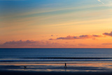 Walking the Dog, Tramore, County Waterford, Ireland Papier Photo par Green Light Collection