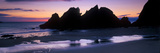 Silhouette of Rocks on the Beach, Erme Mouth, River Erme, Beacon Point, Devon, England Fotografisk tryk af Panoramic Images,