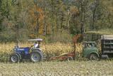 Farm Machinery Harvesting Corn, New England Fotografisk tryk
