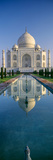 Reflection of a Mausoleum on Water, Taj Mahal, Agra, Uttar Pradesh, India Lámina fotográfica por Panoramic Images,