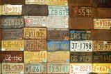 License Plates on a Wall at Old Route 66, Arizona Fotografická reprodukce
