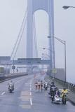 Support Staff for Runners on Verrazano Bridge, Ny City Marathon Reproduction photographique
