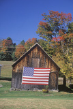 American Flag Hung on Old Barn, Vermont Reproduction photographique