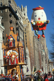 Humpty Balloon at Macy's Thanksgiving Day Parade Photographic Print