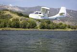 Cb Amphibious Seaplane Landing on Lake Casitas, Ojai, California Photographic Print
