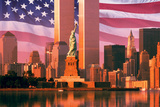 Digital Composite: New York Skyline, American Flag, World Trade Center, Statue of Liberty Reproduction photographique