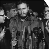 Fidel Castro arrives at MATS Terminal, Washington, D.C., c.1959 Plakater