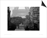 Eiffel Tower, Paris Print by Pete Seaward