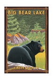 Big Bear Lake, California - Black Bear in Forest Reproduction giclée Premium par  Lantern Press