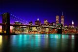 El puente de Brooklyn de noche Lámina