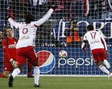 2014 MLS Eastern Conference Championship: Nov 29, Red Bulls vs Revolution - Tim Cahill Photo by Winslow Townson