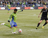 2014 MLS Western Conference Championship: Nov 30, Galaxy vs Sounders - Robbie Keane, DeAndre Yedlin Photo by Steven Bisig