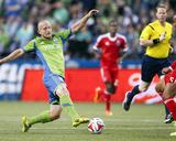Aug 20, 2014 - MLS: San Jose Earthquakes vs Seattle Sounders - Chad Barrett, Victor Bernardez Photo by Joe Nicholson