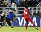 Jul 23, 2014 - MLS: Chicago Fire vs San Jose Earthquakes - Shea Salinas, Jhon Kennedy Hurtado Foto af Kelley L Cox