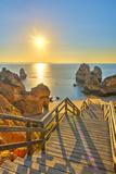 Alan Copson - Portugal, Algarve, Lagos, Sunrise over Camilo Beach (Praia Do Camilo) - Fotografik Baskı
