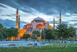 Turkey, Istanbul, Sultanahmet, Hagia Sophia (Or Ayasofya), Greek Orthodox Basilica Fotodruck von Alan Copson