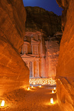 Treasury Lit by Candles at Night, Petra, Jordan, Middle East Fotografisk tryk af Neil Farrin
