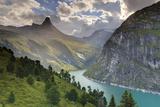 Switzerland, Graubunden, Vals, Zervreilasee Reservoir and Zervreilahorn Peak Fotografisk tryk af Michele Falzone