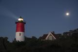 Nauset Light, Eastham, Cape Cod, Massachusetts Fotografisk tryk af Michael Melford