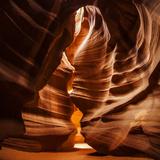 Sandstone Walls of a Slot Canyon Eroded by Flash Floods Carrying Abrasive Sand Particles Fotografisk tryk af Babak Tafreshi