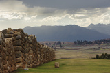 Incan Stone Walls, Part of a Temple and Palace Complex, Built 1480 Lámina fotográfica por Beth Wald