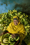 A Banana Farmer in Bangladesh Lámina fotográfica por Jim Richardson