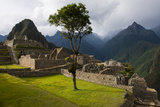 The Main Square at the Inca City of Machu Picchu Lámina fotográfica por Diane Cook Len Jenshel