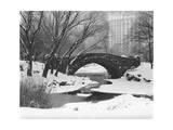 Gapstow Bridge, Central Park, Ny in Snow Fotografisk tryk af Henri Silberman